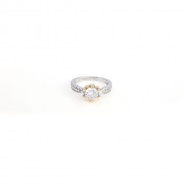 Silver Ladies Ring with White Stone