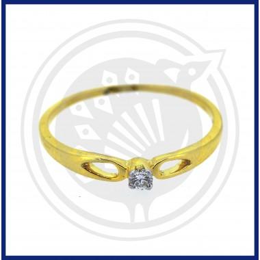 Ladies Single Stone Diamond Ring (18 CT)