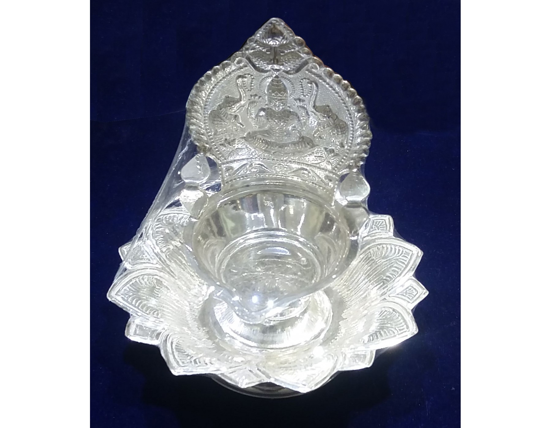 Sree Kumaran | Kamatchi silver lamp for Silver Kamatchi Lamp  111ane